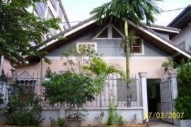 1 bedroom villa for rent in Chanthabuly, Vientiane