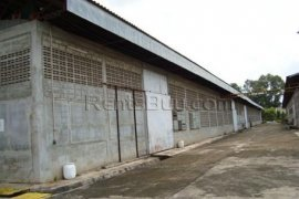 Warehouse and factory for sale in Hadxaifong, Vientiane