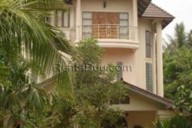 7 bedroom house for rent in Sikhottabong, Vientiane