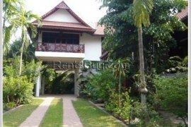 5 Bedroom House for rent in Sisattanak, Vientiane