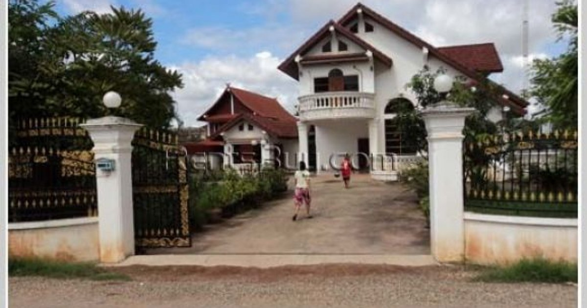 2 bed house for rent in sisattanak vientiane 1 000 for Rent a house la