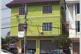 8 bedroom house for rent in Sikhottabong, Vientiane