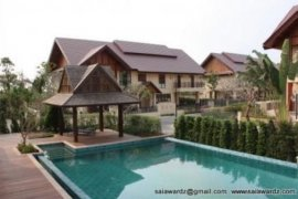4 bedroom villa for rent in Sisattanak, Vientiane