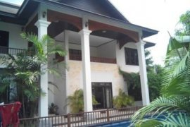4 bedroom house for sale in Sisattanak, Vientiane