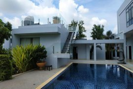 7 Bedroom House for rent in Xokkham, Vientiane