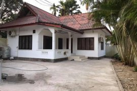 2 Bedroom House for rent in Sisattanak, Vientiane