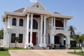 5 Bedroom House for sale in Anou, Vientiane