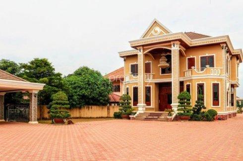 8 Bedroom House for sale in Phosi, Vientiane